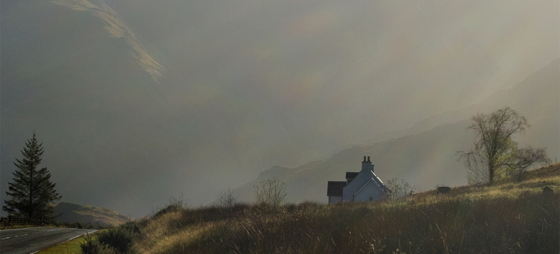 Cottage_in_the_mist