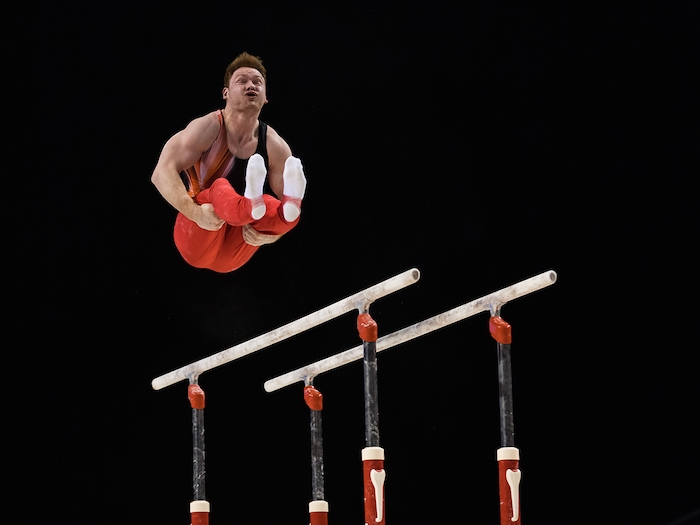 Dismounting the parallel bars