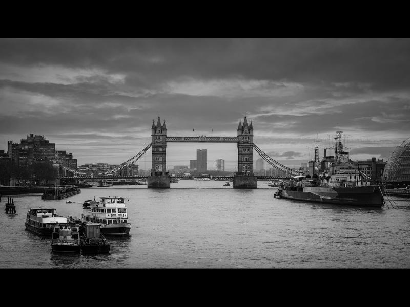 2_Simeon-Briggs_The-Thames