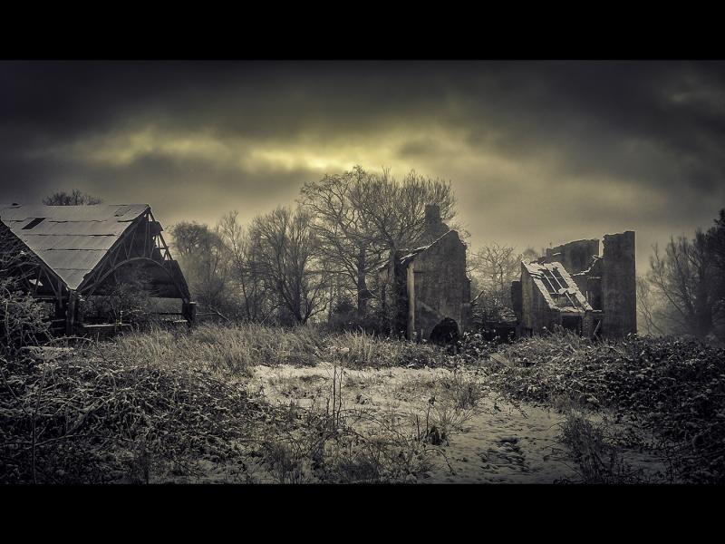 Winter-at-Lostock-Hall