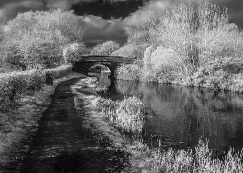 02-Bridge-25-Macclesfield-Canal
