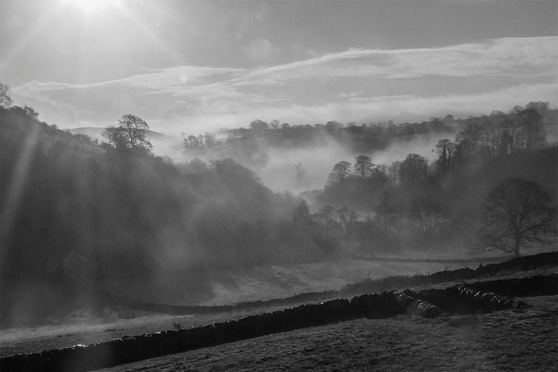 Manifold Valley Morning by John Gauld - Best intermediate PDI, 2