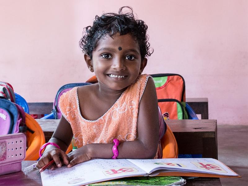 Kerala_Schoolgirl_with_Book